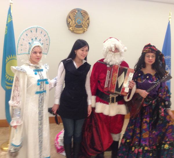Ded Moroz, Snegurochka, Baba Yaga, New York City, Manhattan, New York, Дед Мороз, Снегурочка, Баба Яга, Нью-Йорк Сити, Манхаттан, Нью-Йорк